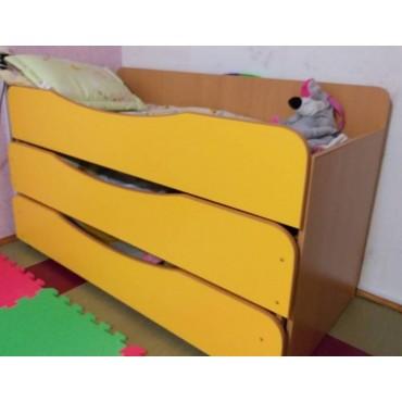 0833 Кровать детская 3-ярусная выдвижная фигурная без тумбы (спальное место 1491х648х866мм)
